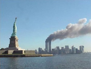 9/11 image with statue of liberty